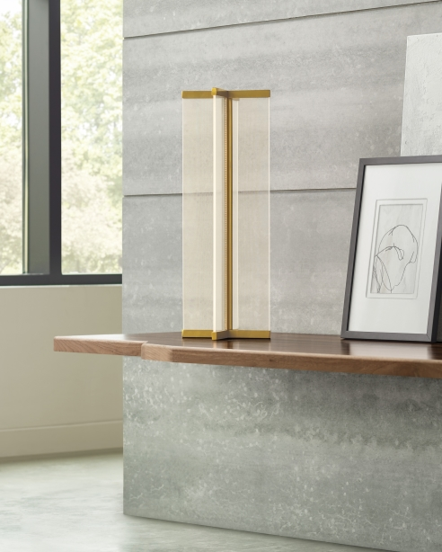 Rohe Table Lamp Natural Brass